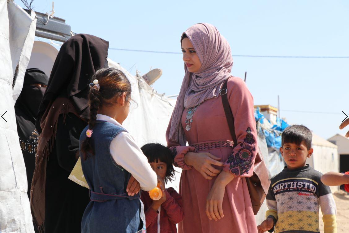 ناشطة انبارية تحذير من خلق جيل انتقام كامل في مخيمات المحافظة