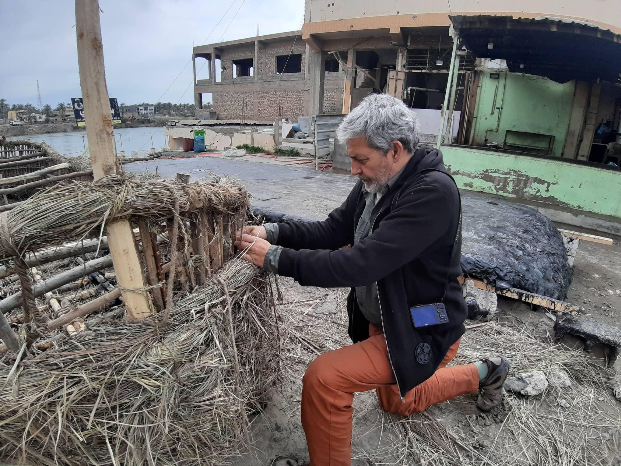 بالصور.. هيتاوي يعيد احياء زورق سومري