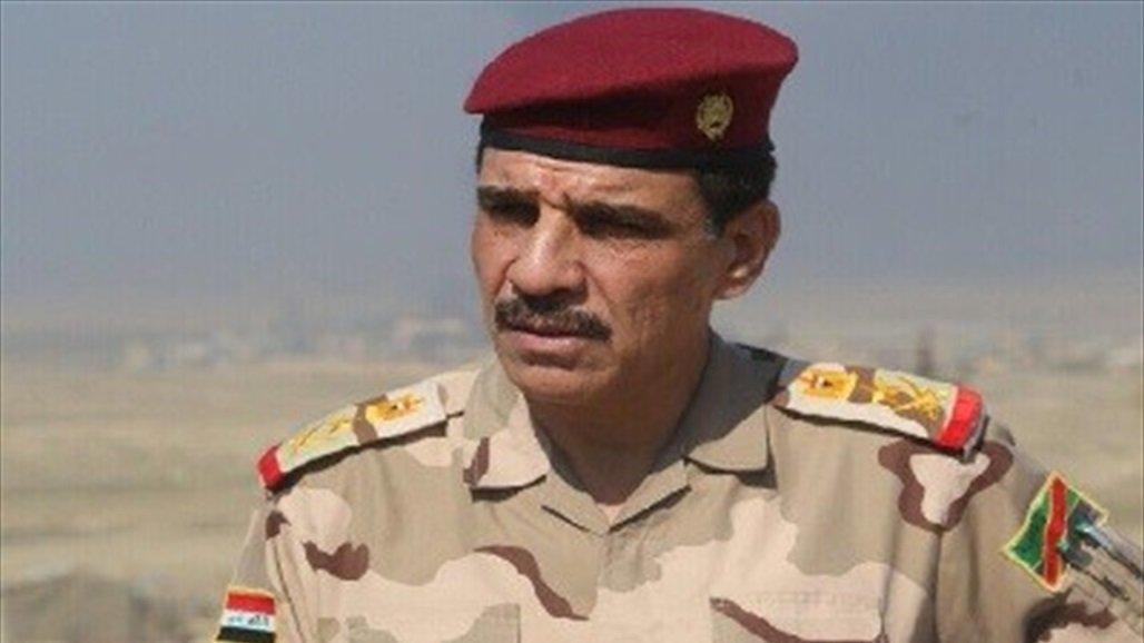 رئيس اركان الجيش يستطلع الطريق الرابط بين النخيب وعرعر ويزور المنفذ