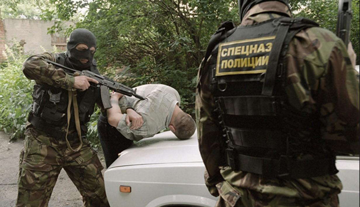 الأمن الفيدرالي الروسي يداهم 37 ورشة لإنتاج السلاح غير القانوني